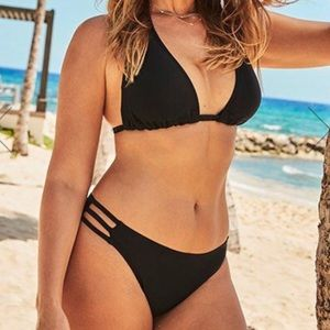 BLACK TRIANGLE TRIPLE STRING BIKINI